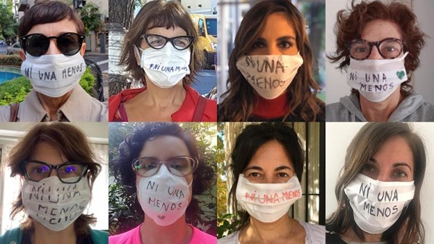Photos of journalists wearing masks with Ni Una Menos written on them.